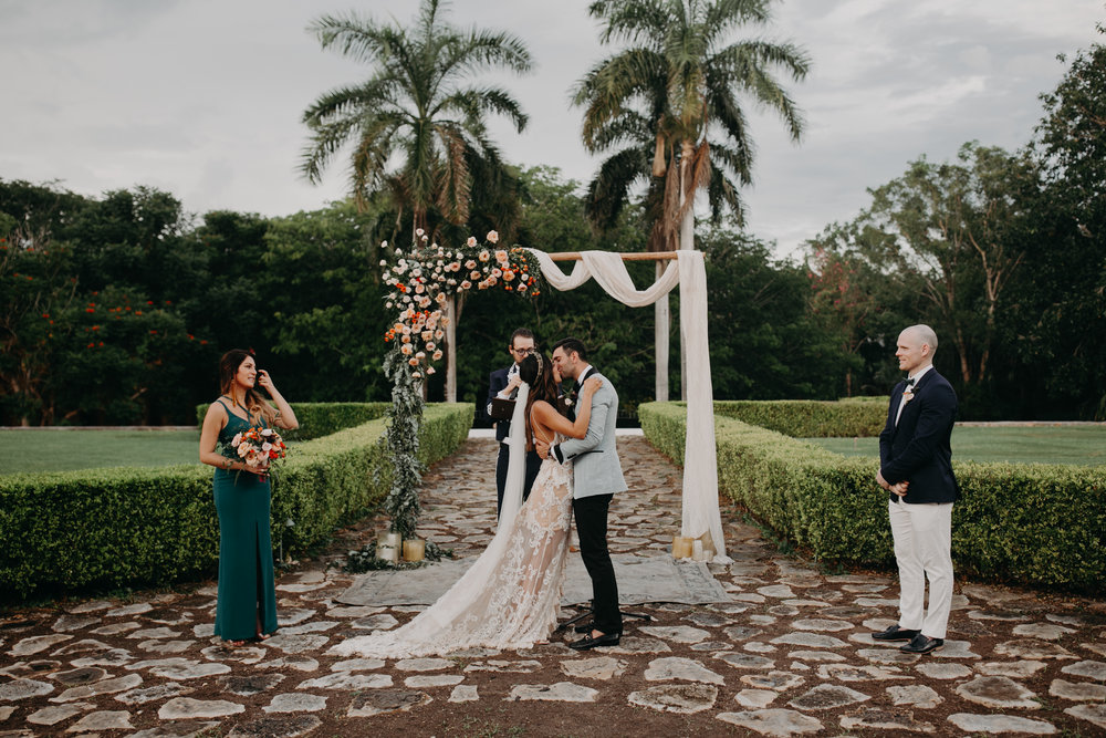 Hacienda Temozon Yucatan Mexico Wedding | Ida & Peter Emily Magers Photography-1094.jpg