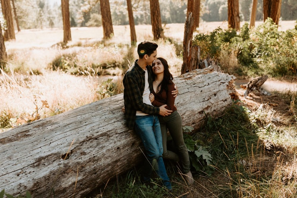 12_Yosemite-National-Park-Engagement-Session-Emily-Magers-Photography27.jpg