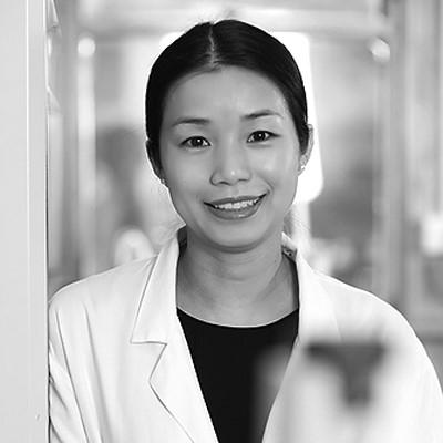 Dr Angela Hong