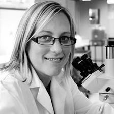 Dr Nicole Verrills