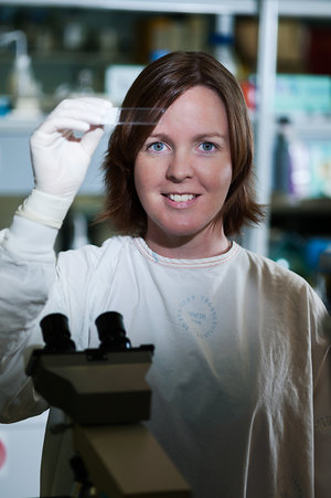 Dr Heidi Hilton