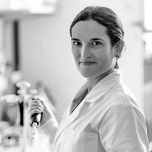 Dr Fatima Valdes-Mora