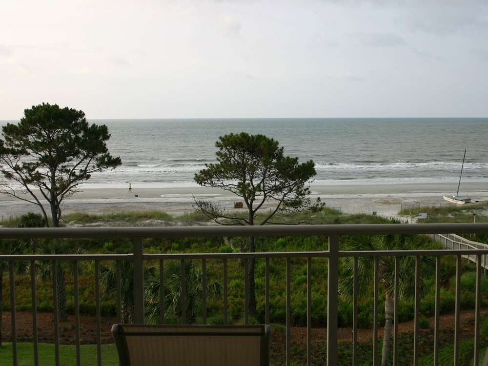 AN UNOBSTRUCTED AND PANORAMIC OCEANVIEW FROM BALCONY