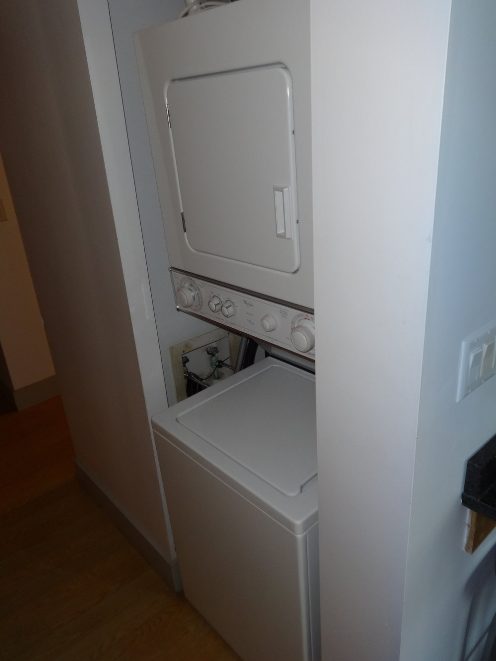 WASHER / DRYER IN VILLA
