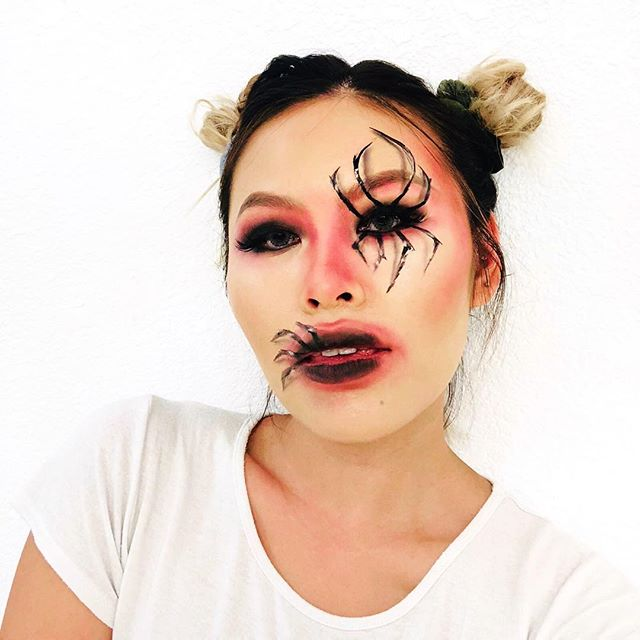 IN HONOR OF SPOOKY SZN🕷🕸 guess I shouldn't have tried to kill ya... bitten 🧟‍♀️ #halloweenmakeup  __ Eyeshadows/brows @anastasiabeverlyhills @toofaced  Black liner @elfcosmetics @thekatvond  Concealer @maybelline  Foundation @esteelauder