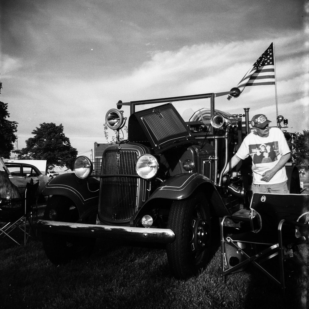 1949 Kodak Brownie Hawkeye Photo Medium Format 620 Film Zoe Kissel Photo Riverview Summerfest Cars