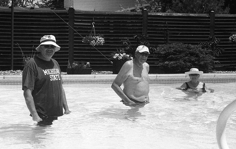 1981 Minolta X-700 Photo 35mm Film Zoe Kissel Summer Pool