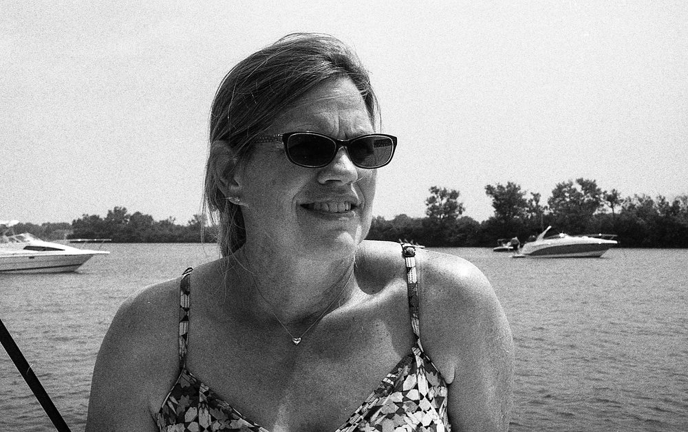 1981 Minolta X-700 Photo 35mm Film Zoe Kissel detroit river dunbar and sullivan michigan
