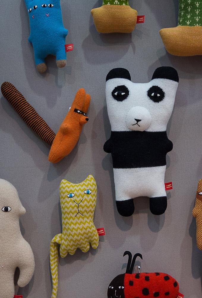 donna wilson au salon maison et objet 2016 doudous tricotes