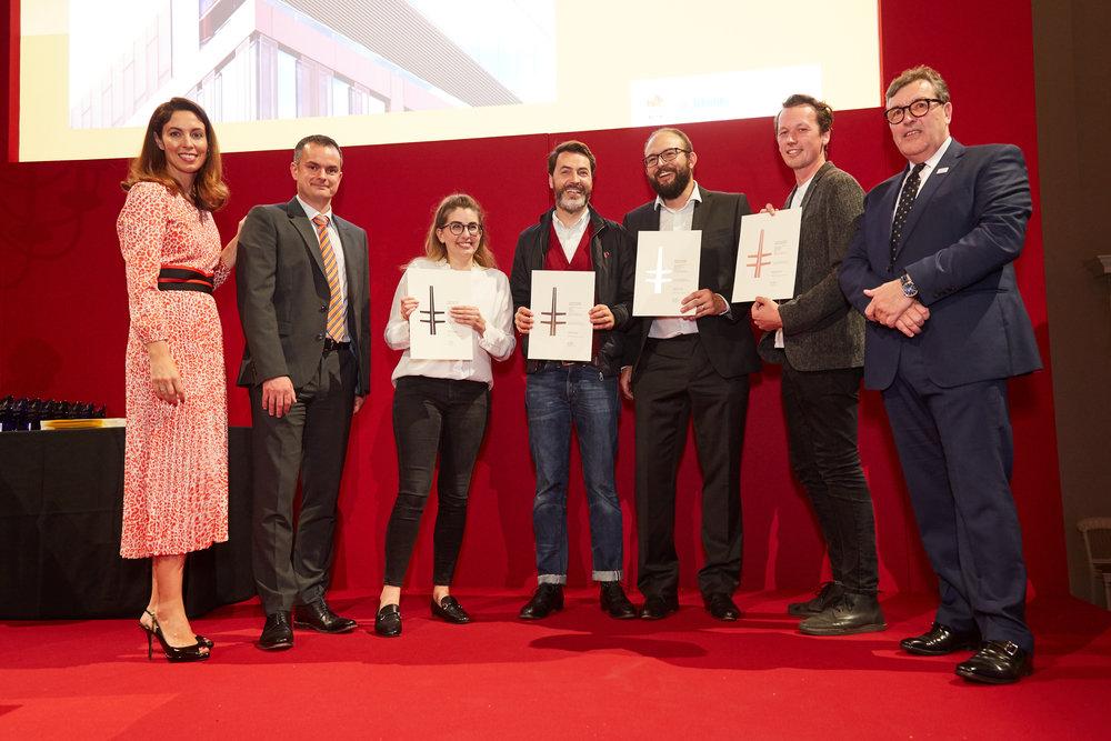 Awards_3262.jpg