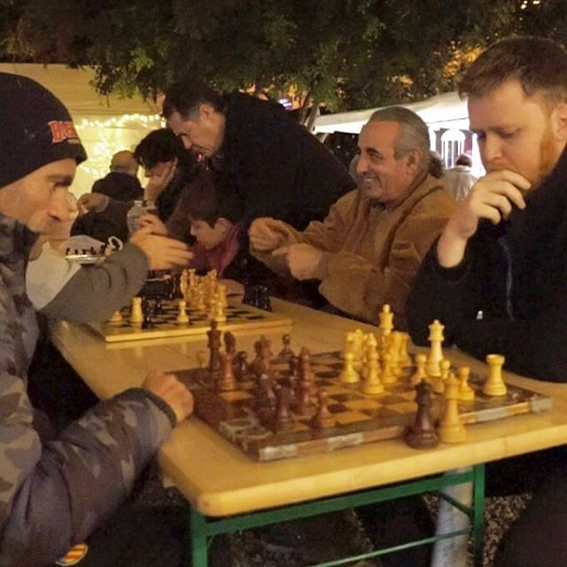 How we spend nights in Valencia - they play chess, I take pictures