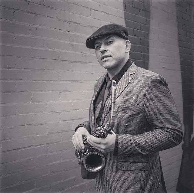 Tonight from 9.30pm the amazing @andysaxuk will be livening up the atmosphere with his saxophone 🎷