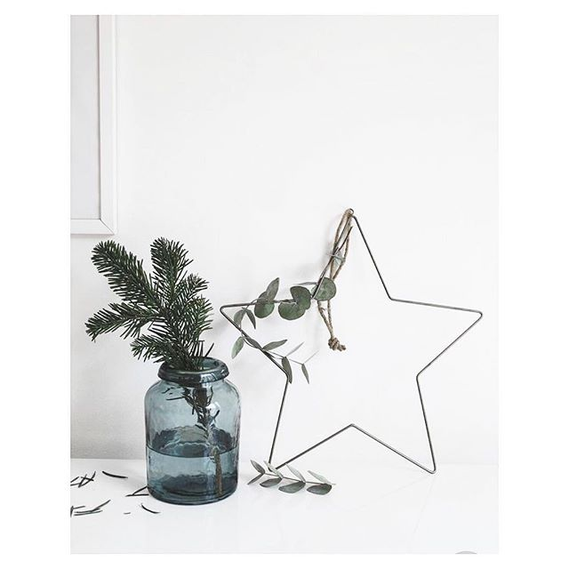 Christmas decorations, the @maia.wellco way 🌟🌿 And as a huge heartfelt thank you for all your support this year, we've got a little something to give back to you this Christmas. A special all natural beauty product giveaway, complimentary Pilates classes and at-home workouts, the best Christmas recipe and most exciting of all... a sunshine filled wellbeing RETREAT announcement for next year! If you haven't already and are interested in any of the above, you can subscribe via the link in our bio or send us a DM and we'll do it for you 💌 . . . . . #christmas #fatherchristmas #wishlist #whitecompany #thewhitecompany #christmasday #christmaseve #christmasshopping #december #festive #winter #whitechristmas #decorations #christmastree #christmasdecorations #star #eucalyptus #plants #wreath #baubles #home #interiors #design #love #gifting #give #giving #christmasinteriors