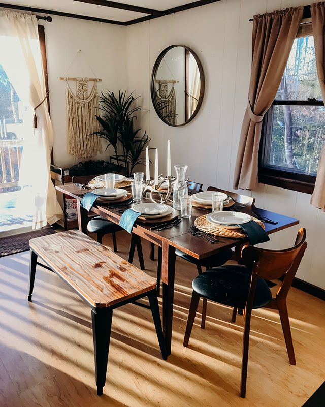 • dining room • (during —  swipe to see the before) . big thanks to @kellysgolia who helped pick out the tableware and decor! . . . #cabinlife #cabinstyle #viennalodge #lodgestyle #diningroominspo #decorbeforeandafter #brbchasinglight #nhlife #nhliving #visitnh #airbnb #cabinporn #cabinvibes #northconwaynh #northconwayvillage #northconway