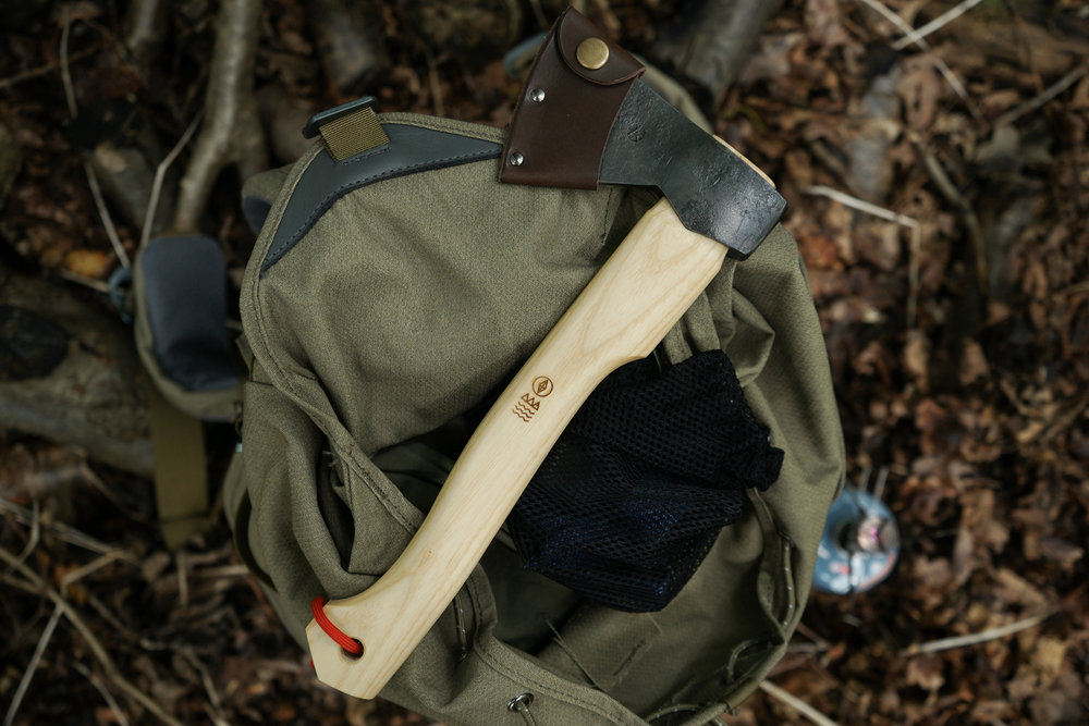 hikers_hatchet_5.jpg