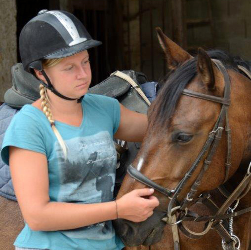 equestrian stay for confirmed riders in France