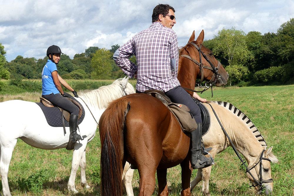 Séjour équestre loisir - Séjour avec stage de découverte de l'équitation et/ou initiation à la randonnée équestre. Une leçon par jour.