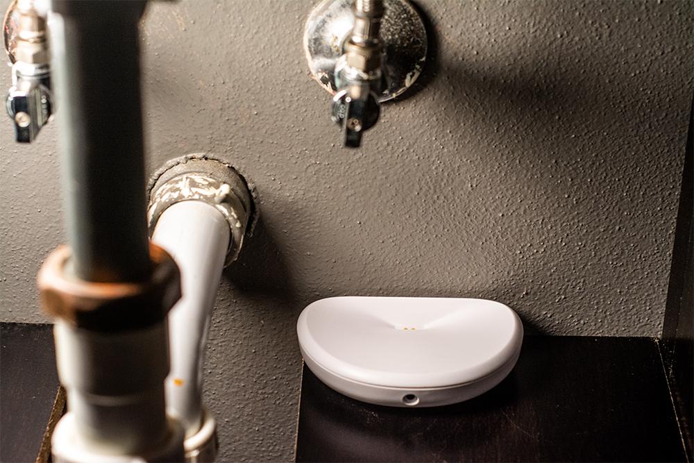 leakdetector-bathroomsink.jpg