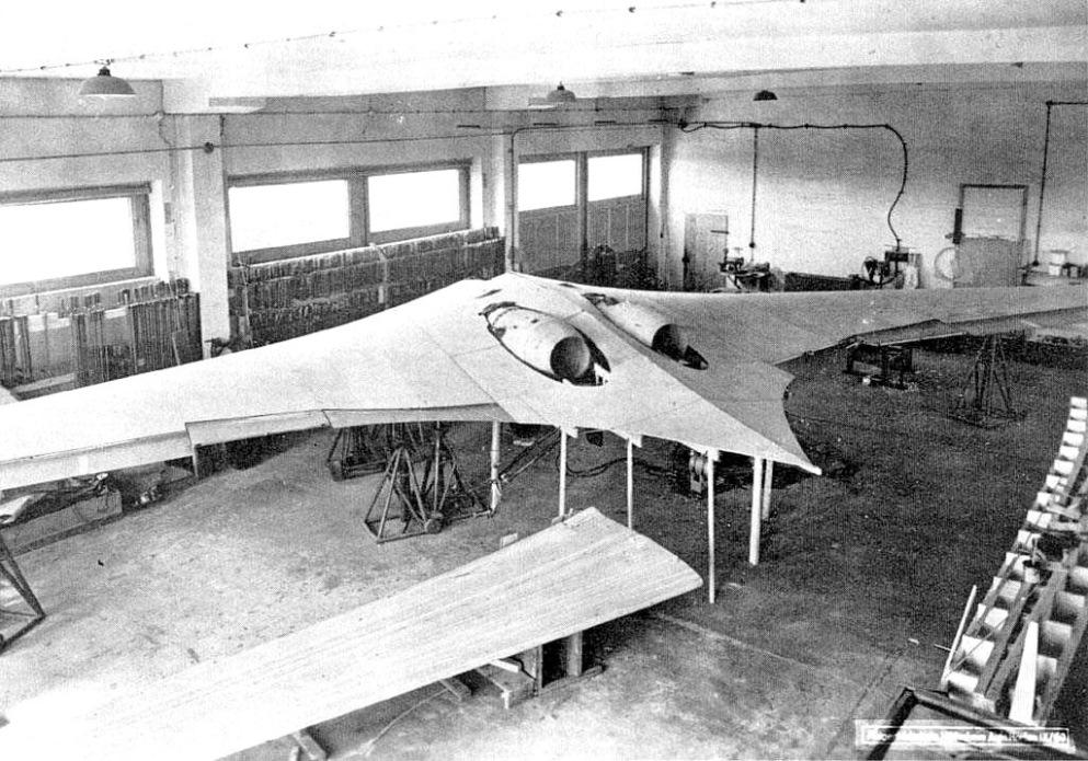 avion nazi.jpg