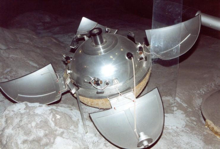 lunik9-1.jpg