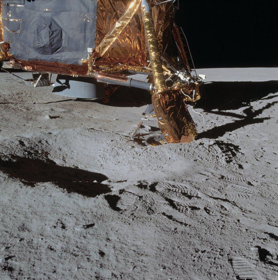 Crater alunizaje.jpg