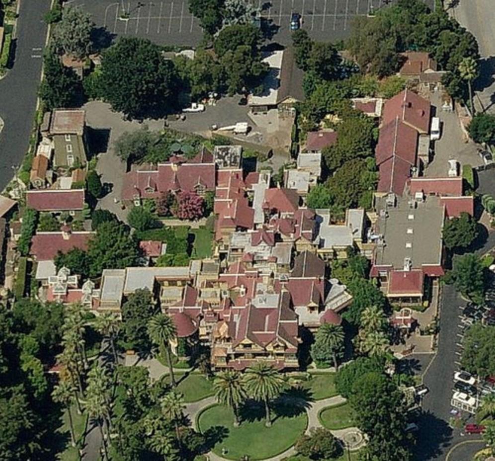 Winchester+house.jpg