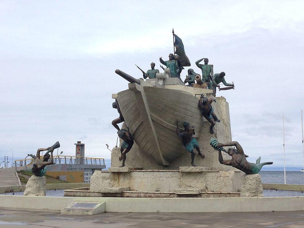 Monumento_Goleta_Ancud.jpg