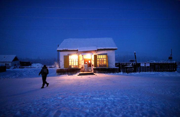 coldest-village-oymyakon-russia-amos-chaple-7.imgo_.jpg