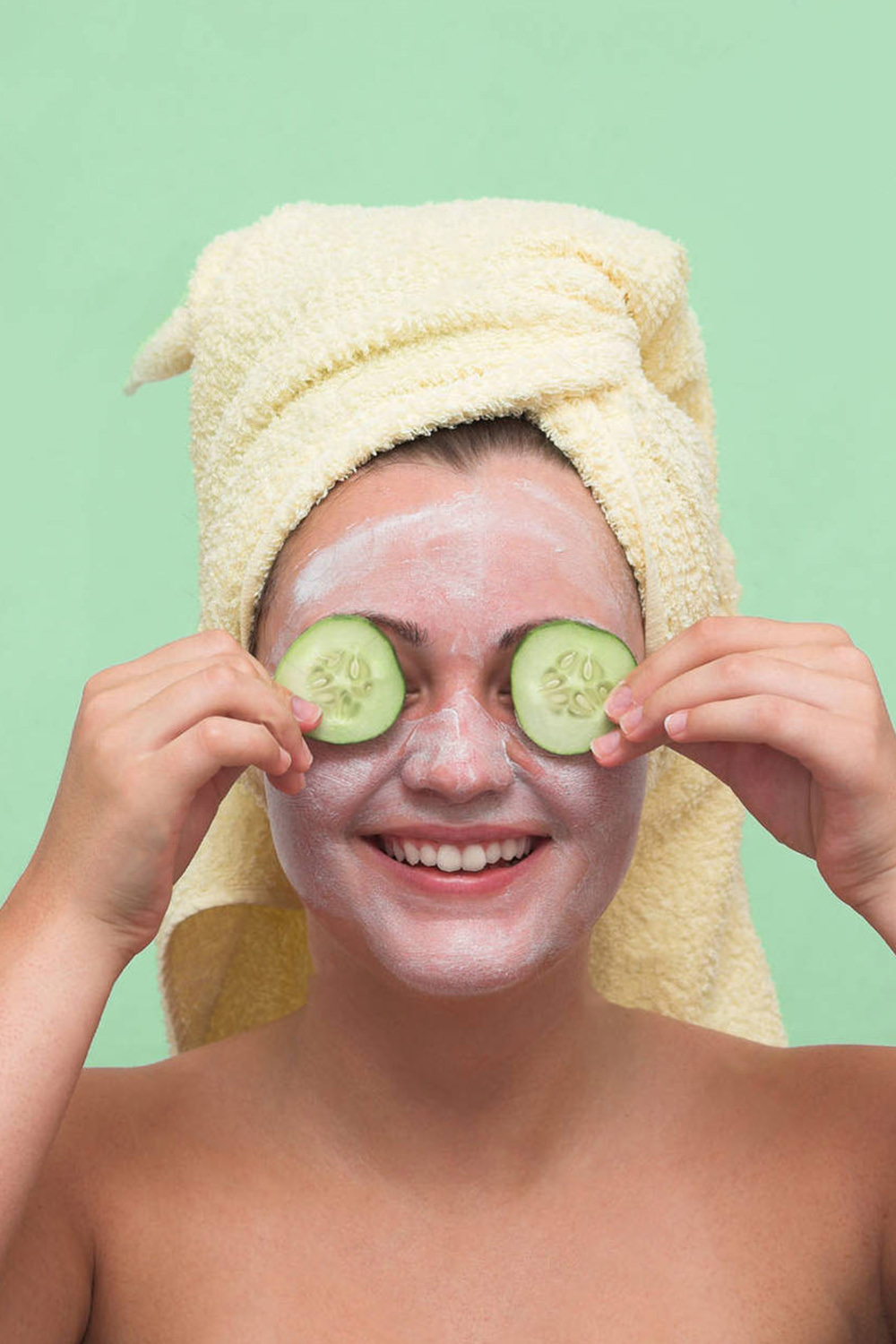 Little Diva Facial - $65An introduction to caring for the skin for ages 12-17, the Little Diva Facial features a cleansing, steam & extraction, a customized mask, and a tutorial on skin health and products.