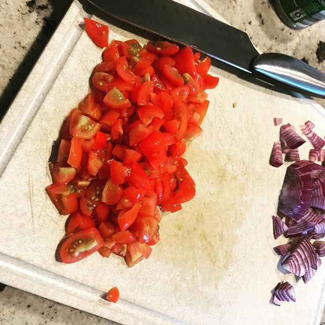 When your recipe calls for a can of diced tomatoes but you somehow have run out.... reach for the random half pint of grape tomatoes in the fridge. Should work, right??? #nationalnutritionmonth #gofurtherwithfood #decreasingfoodwaste