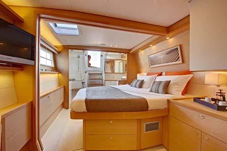 08-catamaran-charter-croatia-lagoon-560-cabin1_orig.jpg