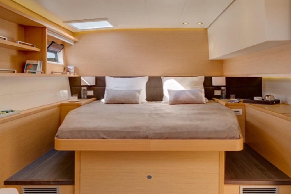 golden-yachting-lagoon-560-alis-2011-bareboat-charter-blue-cruise-gye-26-pic22-5ma36p8b_orig.jpg