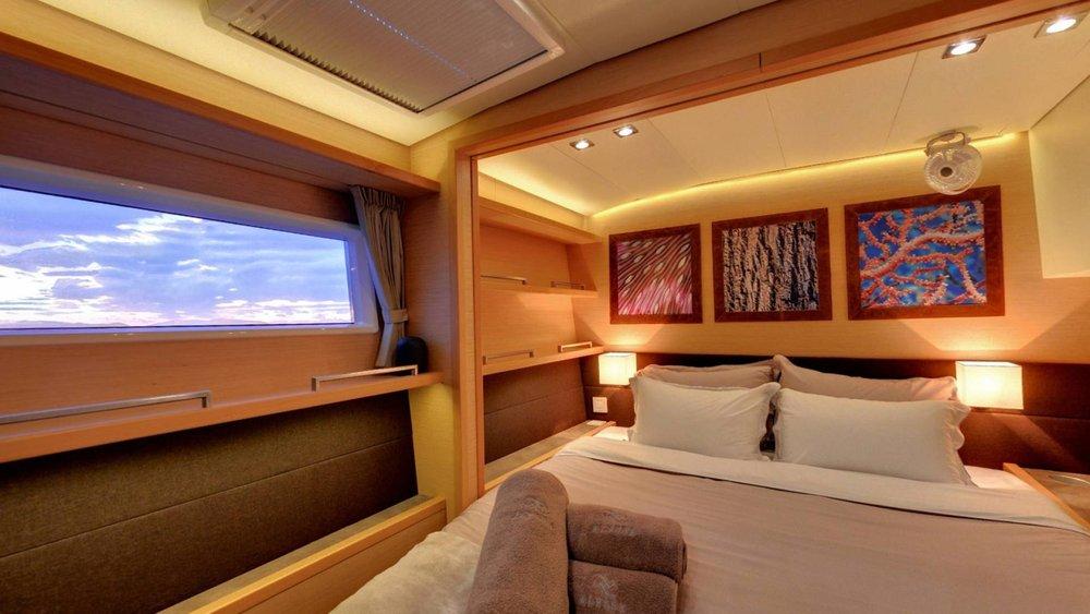 accomodation-yacht-lagoon-560-l.jpg