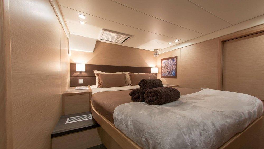boat-rent-lagoon-l.jpg