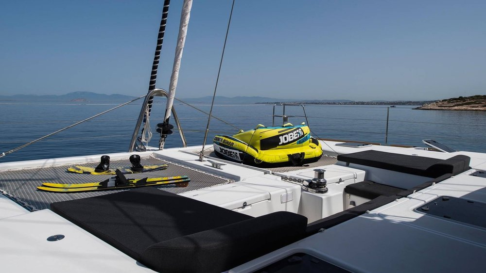 crewed-sailing-aa-charter-l.jpg