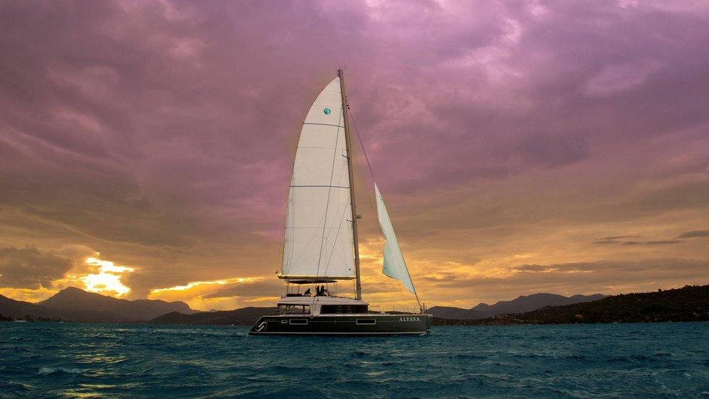 lagoon-greece-boat-rent-l.jpg
