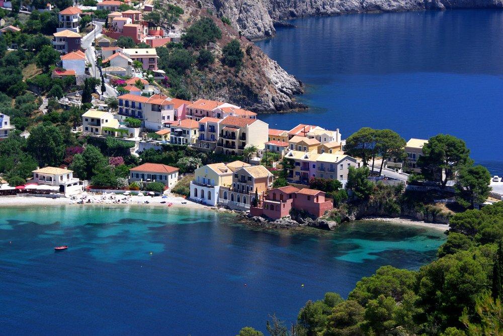Assos Village, Kefalonia.jpg