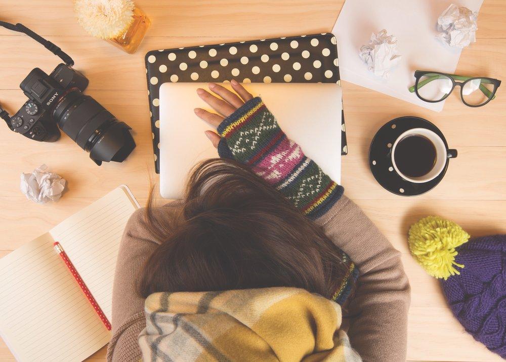 taking-a-nap-t-t_t20_b8NYWm.jpg