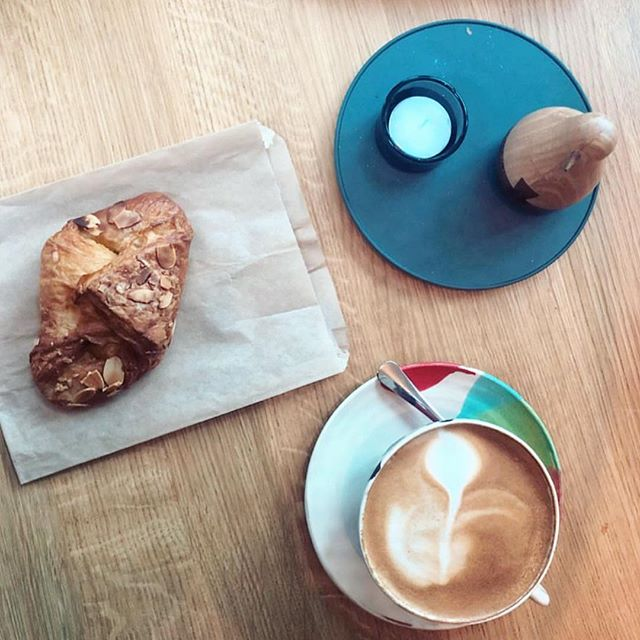 Should I stay or should I go? #coperaco #coffee #coffeetime #coffeegram #coffeeshop #coffeelover #foodie #coffeeporn #barista #onlineshopping #getthebest #pastry #croissant #sweet #love #eatwell #enjoy Photo credit Thank you for the ❤️ to @mrsberradaa
