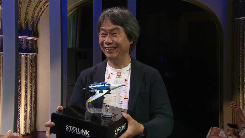 Miyamoto holding Fox' Starlink Ship
