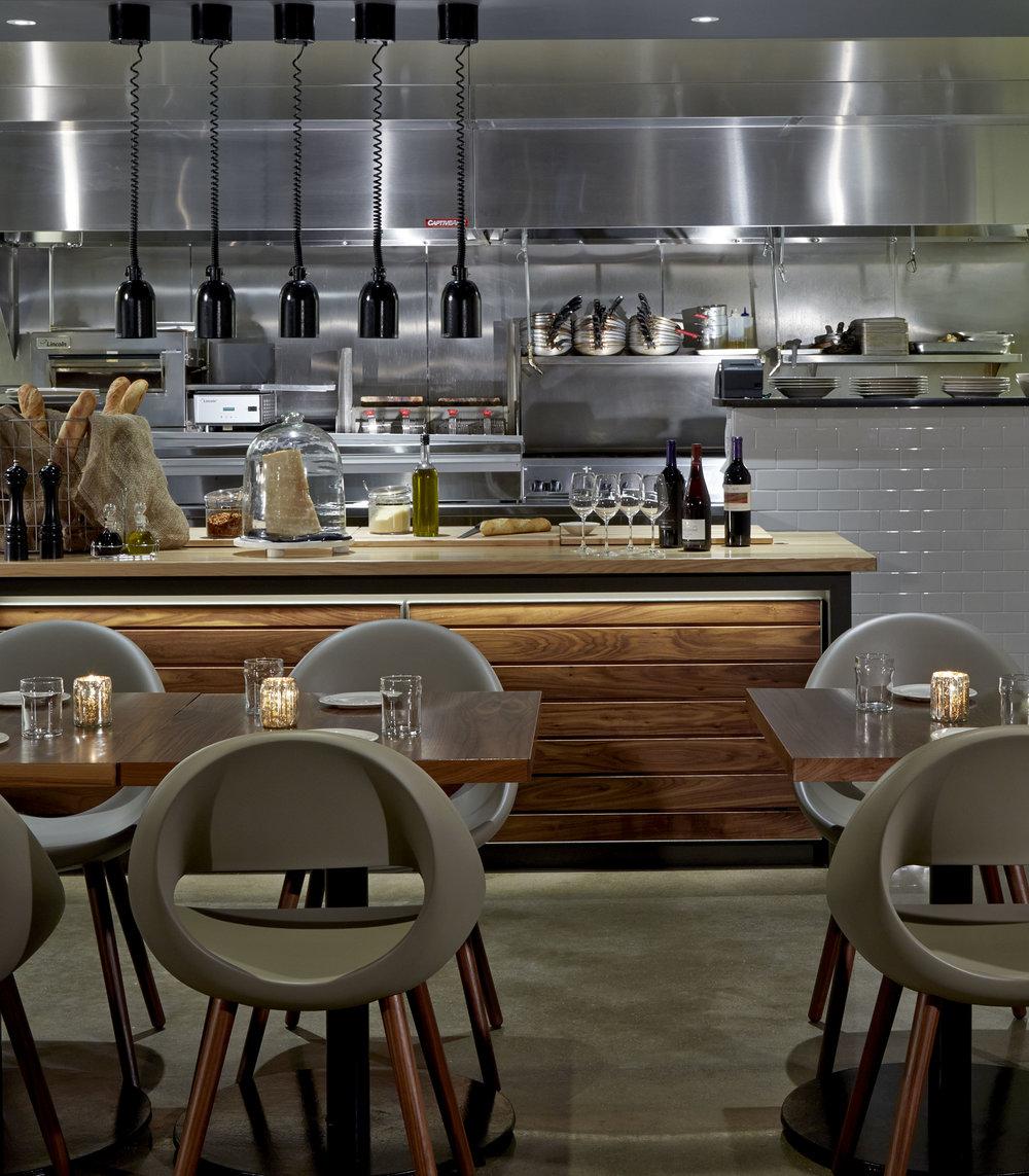 HGI_Grappa_Restaurant9.jpg