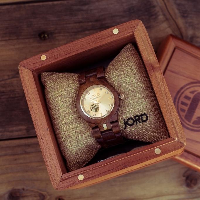Cora Koa and Rose woman's JORD Watch in cedar humidor