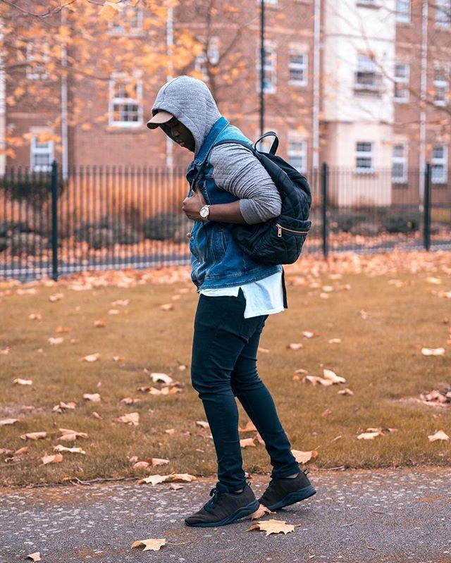 It's Friday already.... Any weekend plans??? Comment ⬇️ • • • #autumn#autumnstyle#autumnfashion#fall#fallstyle#fallstyles#layering#layeringclothing#fashiondaily#fashiongram#discoverunder5k#ukblogger#ukbloggers#fbloggersuk#stylishmen#streetwear#streetwears#streetwearstyle#fashionweekly#fashionweekstyle#highfashionblackmen#highstreetfashion#highstreetstyle#picoftheday#instadaily#weekendvibes#friday#tgif#tgifridays
