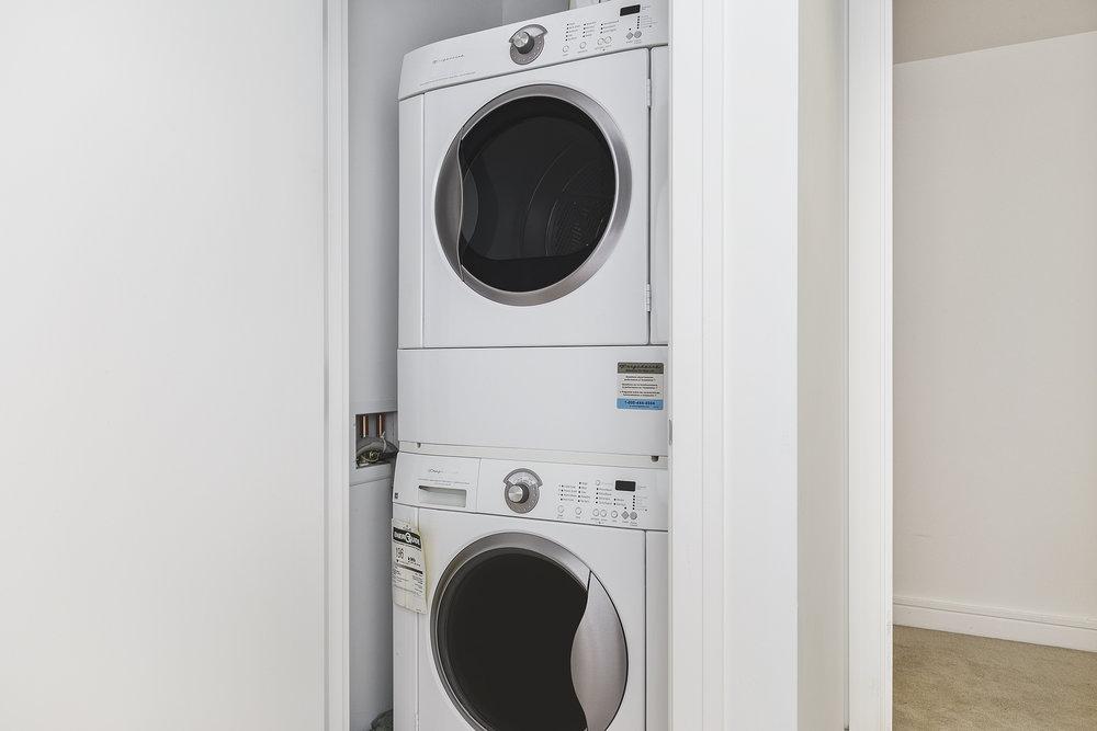 17-631Folsom5C-laundry-high-res.jpg