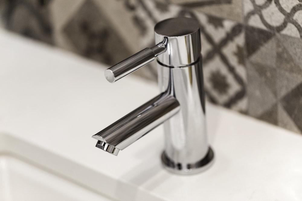 030-21825-Lomita-faucet-high-res.jpg