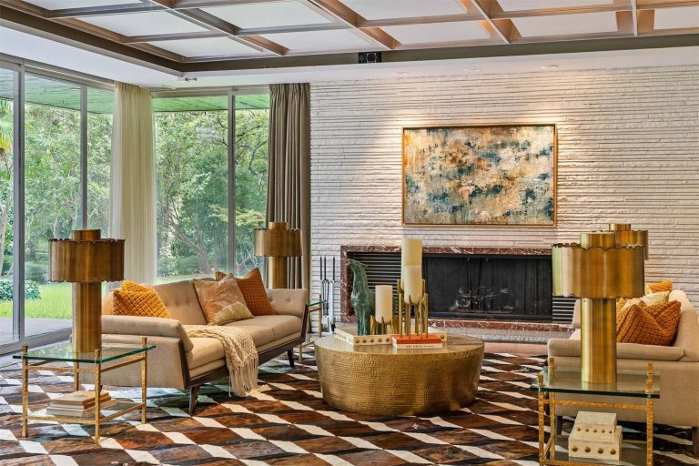 Dallas, Texas |    Pogir Pogir    &    Lisa Besserer   ,    Briggs Freeman Sotheby's International Realty