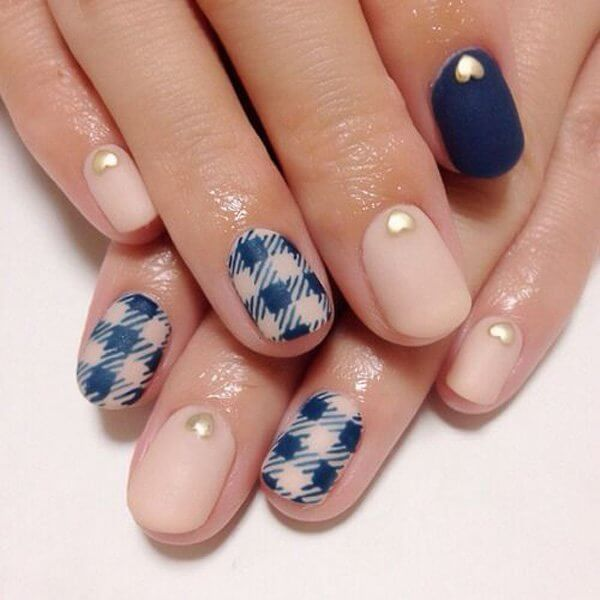 gingham-and-Plaid-Nail-Art.jpg
