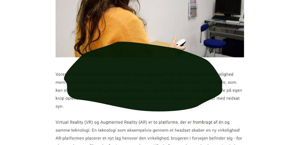 Her ses en hjemmeside med billede og tekst gennem øjnene på en person med AMD