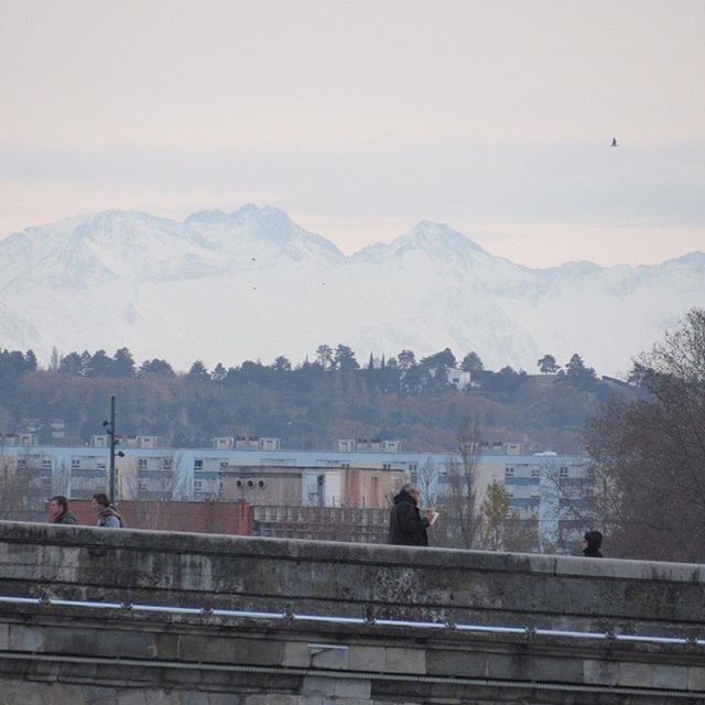 Such a treat seeing the Pyrénées mountains from centre-ville Toulouse last night! ⠀ _⠀ Can honestly say after two years in this city - that was the first time that had happened!⠀ _⠀ Anyone going skiing or snowboarding anywhere around France? Would love to know where the best spots are!