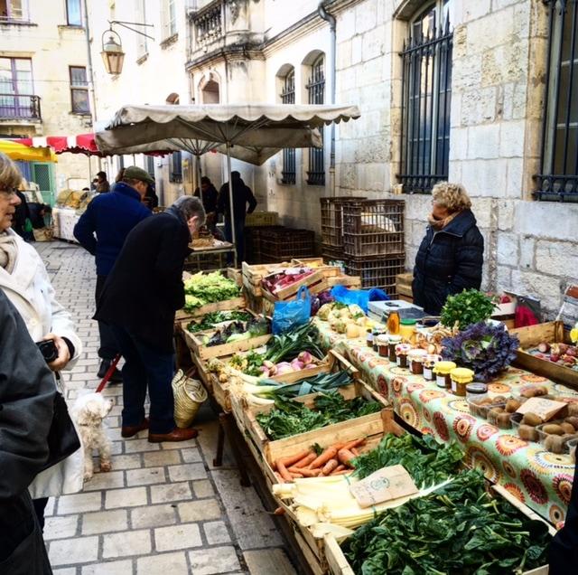 Marché à Périgueux | Photo courtesy of @soyouthinkyoucan_france